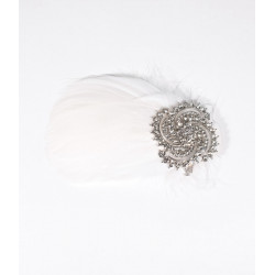 White Feather Brooch / Hair...